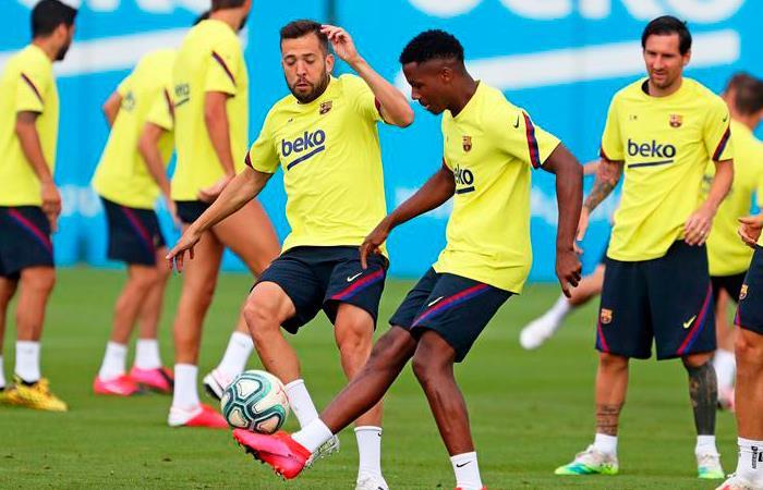 Hay división en Barcelona. Foto: EFE