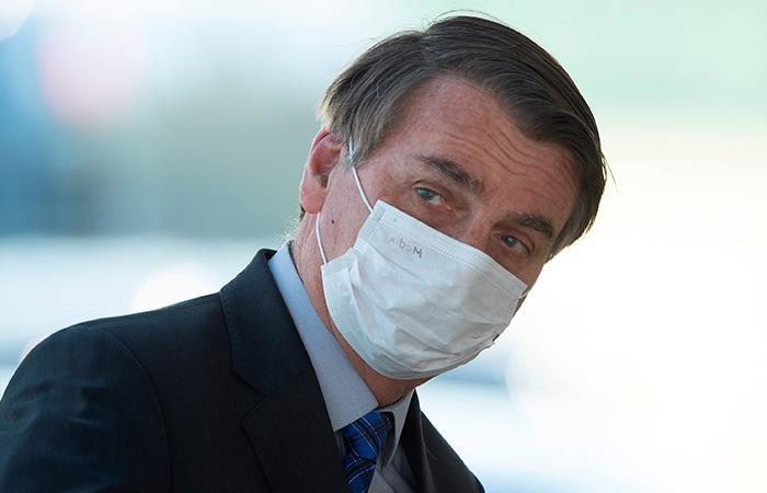 Jair Bolsonaro es duramente criticado por su tratamiento de la pandemia. Foto: EFE