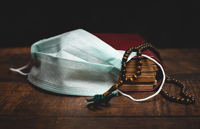 Oración para realizar en la cuarentena. Foto: Shutterstock