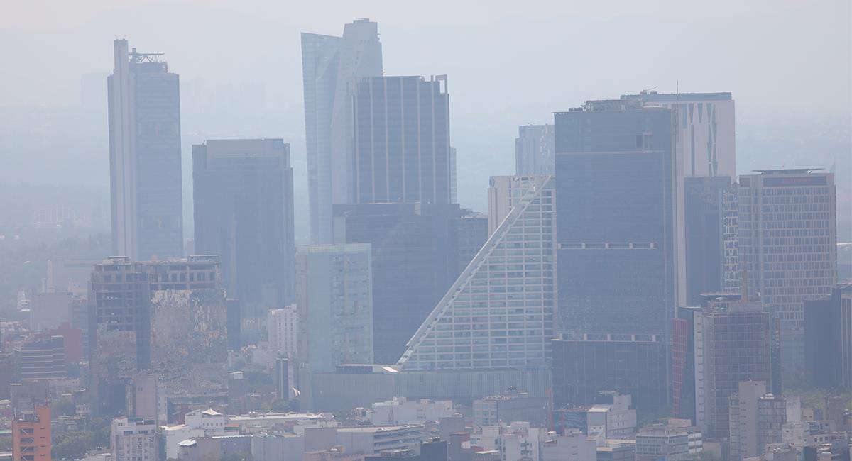 Las ciudades con mayores índices de contaminación han mostrado más casos de COVID-19. Foto: EFE