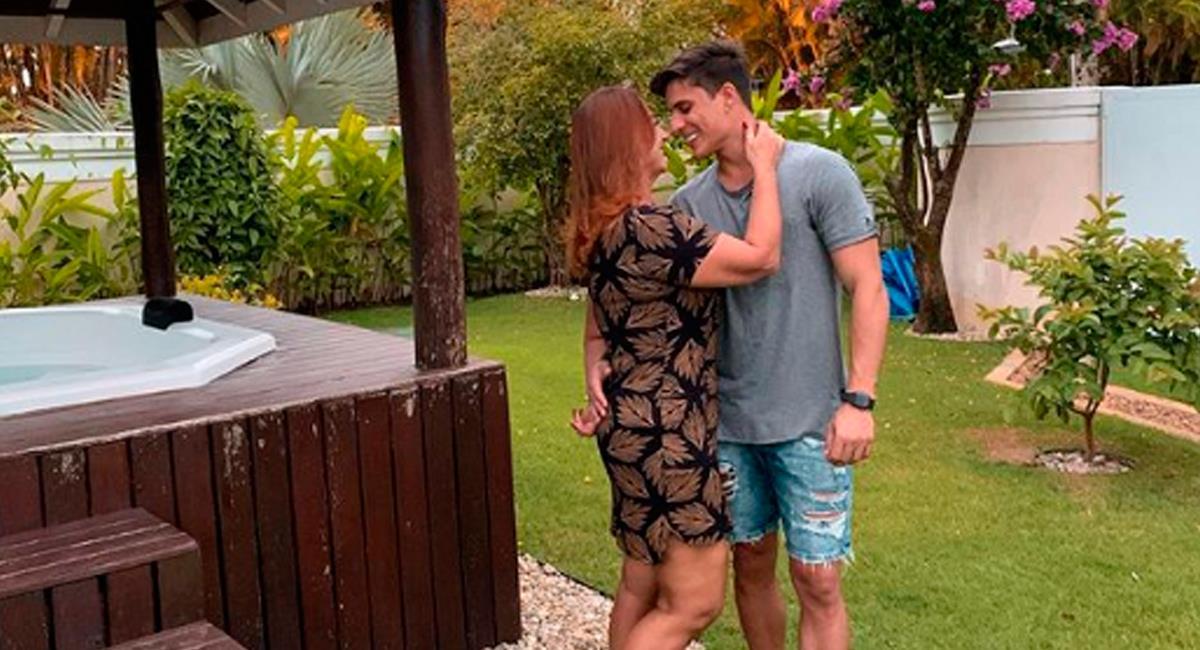 Tiago Ramos junto a su pareja, la mamá de Neymar. Foto: Instagram