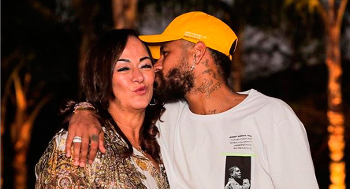 Neymar junto a su madre. Foto: Instagram oficial @neymarjr