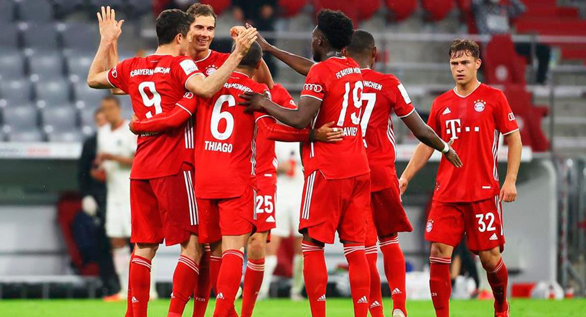 Bayern Múnich celebra su paso a la final de la Copa de Alemania. Foto: EFE