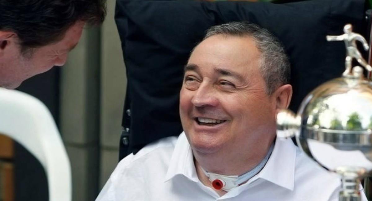 Internan en una clínica al 'Profe' Luis Montoya. Foto: Twitter Prensa redes VarskySports.