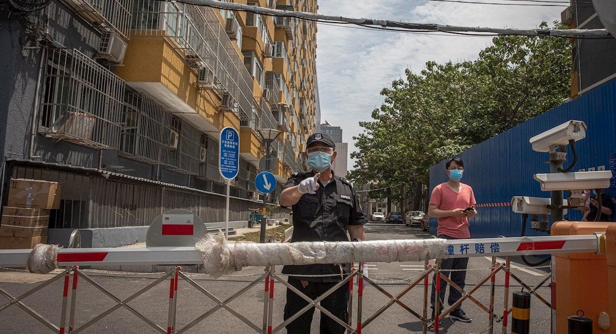 Expertos aseguran que este nuevo brote podría ser más infeccioso que el visto en Wuhan. Foto: EFE