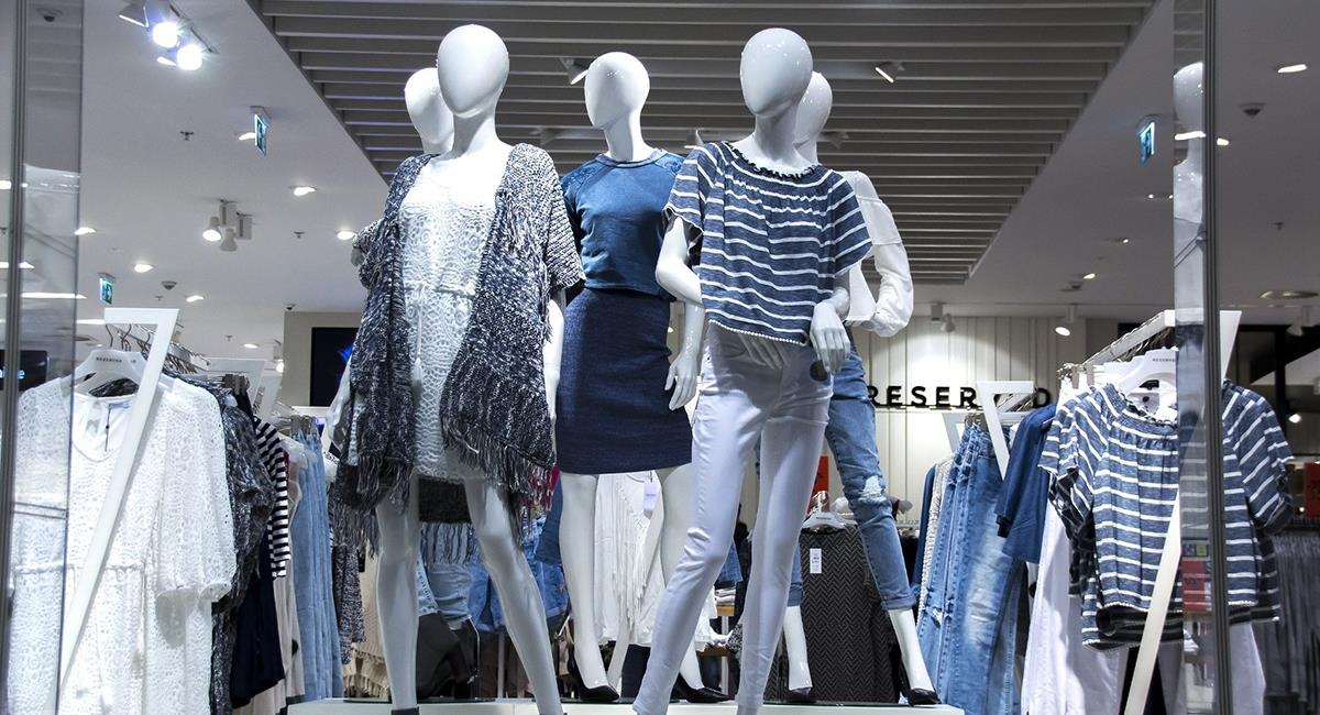 Medidas de seguridad al comprar ropa en centros comerciales. Foto: Pixabay