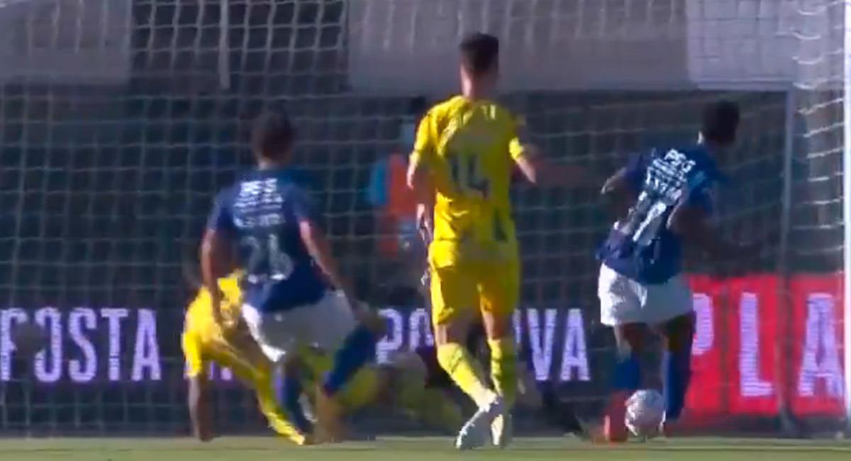 Mateo Casierra anotando para Belenenses. Foto: Reproducción Video Liga Portugal