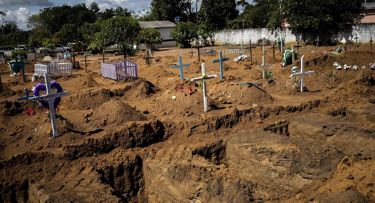 En Colombia ya son más de 3 mil las personas que han fallecido por COVID-19. Foto: EFE