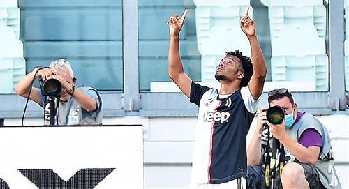 Técnico de Juventus, rendido a los pies de Cuadrado