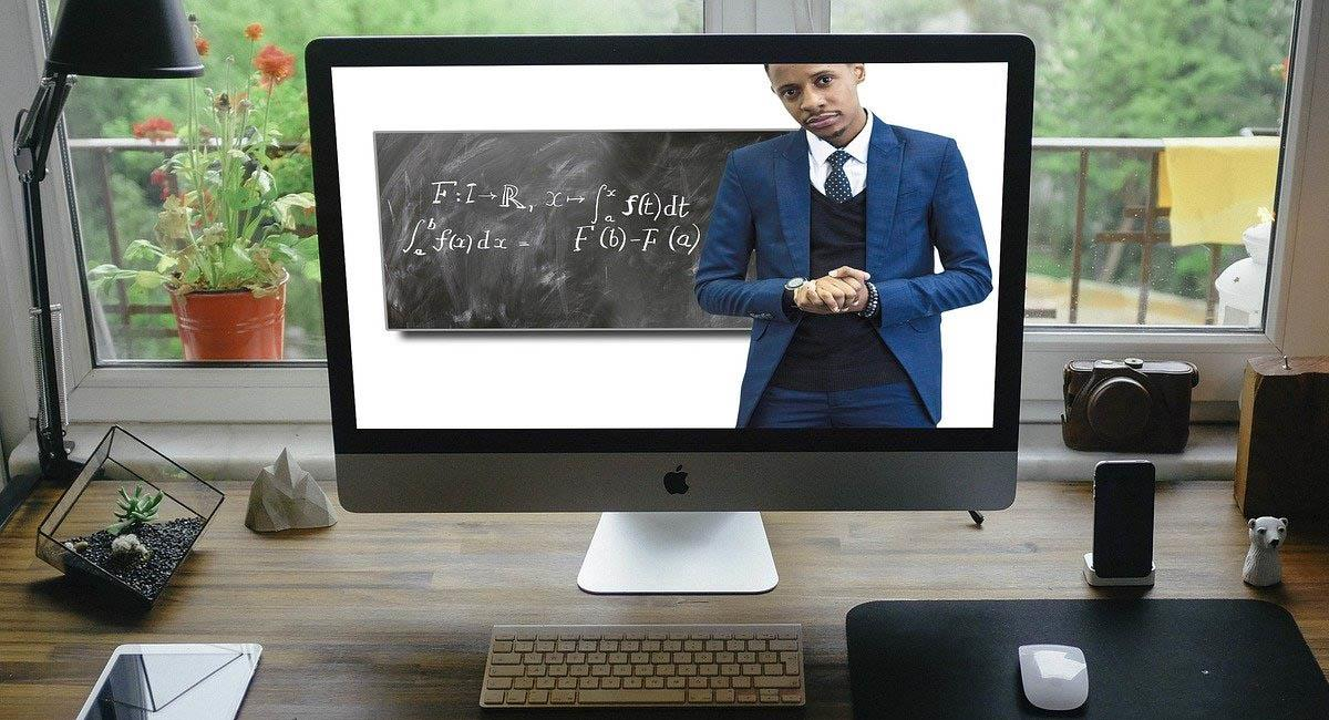 Los recursos audiovisuales son la base de esta nueva educación. Foto: Pixabay