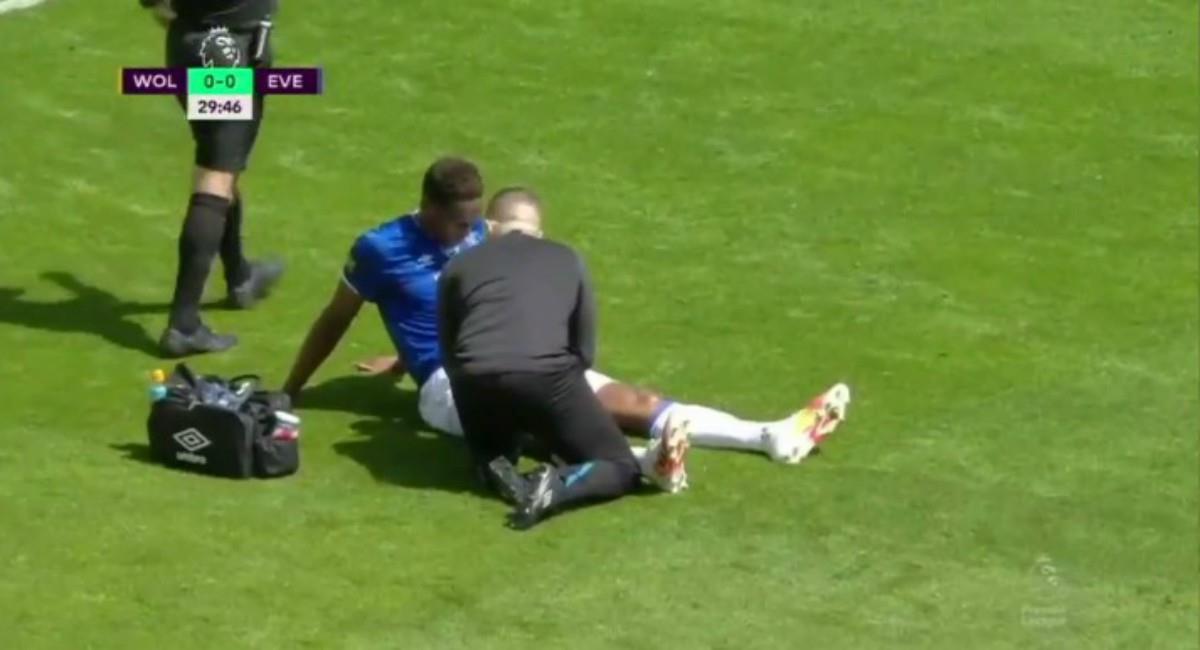 Yerry Mina se vuelve a lesionar con Everton. Foto: Twitter captura pantalla ESPN