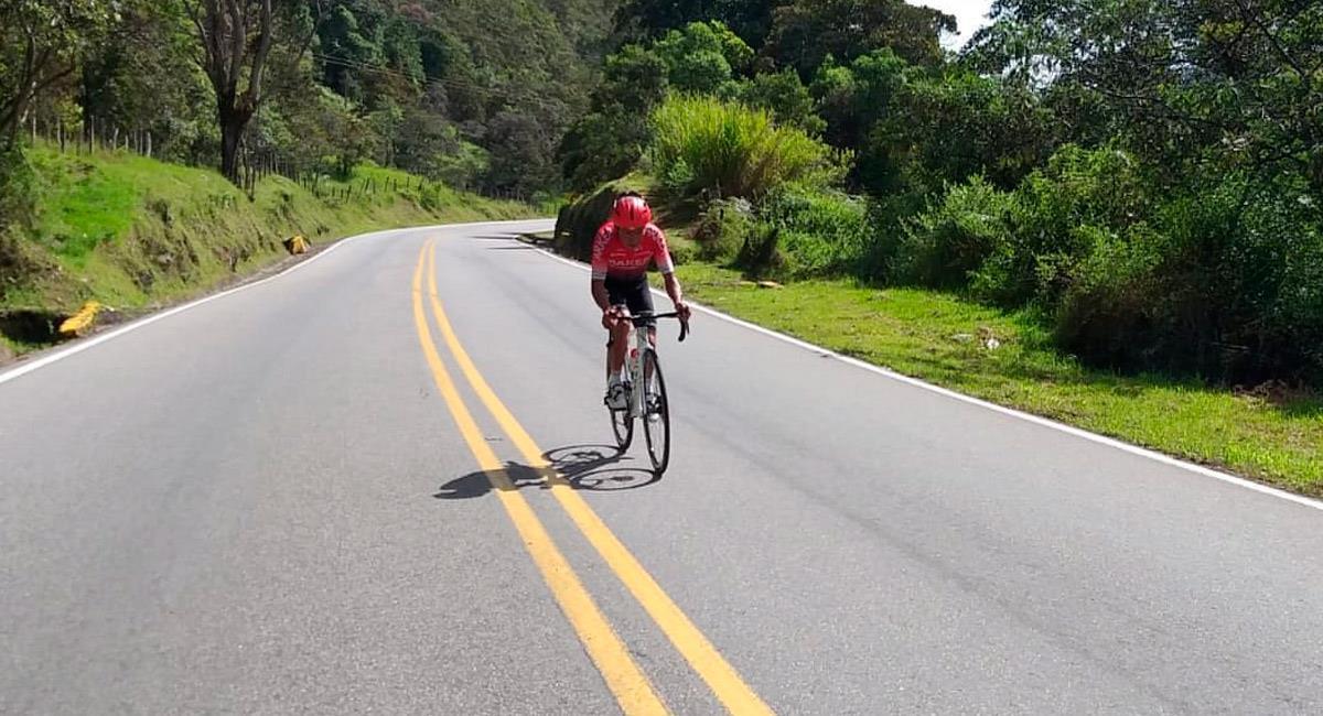 Nairo Quintana en plena entrenamiento de carretera. Foto: Prensa Arkea Samsic