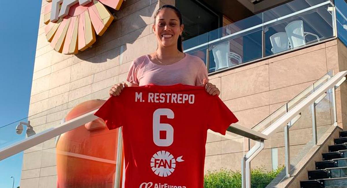 Marcela Restrepo nueva jugadora del equipo de UD Collerense. Foto: Twitter