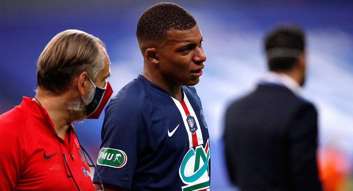 Kylian Mbappé podría no jugar en el resto de la temporada. Foto: EFE