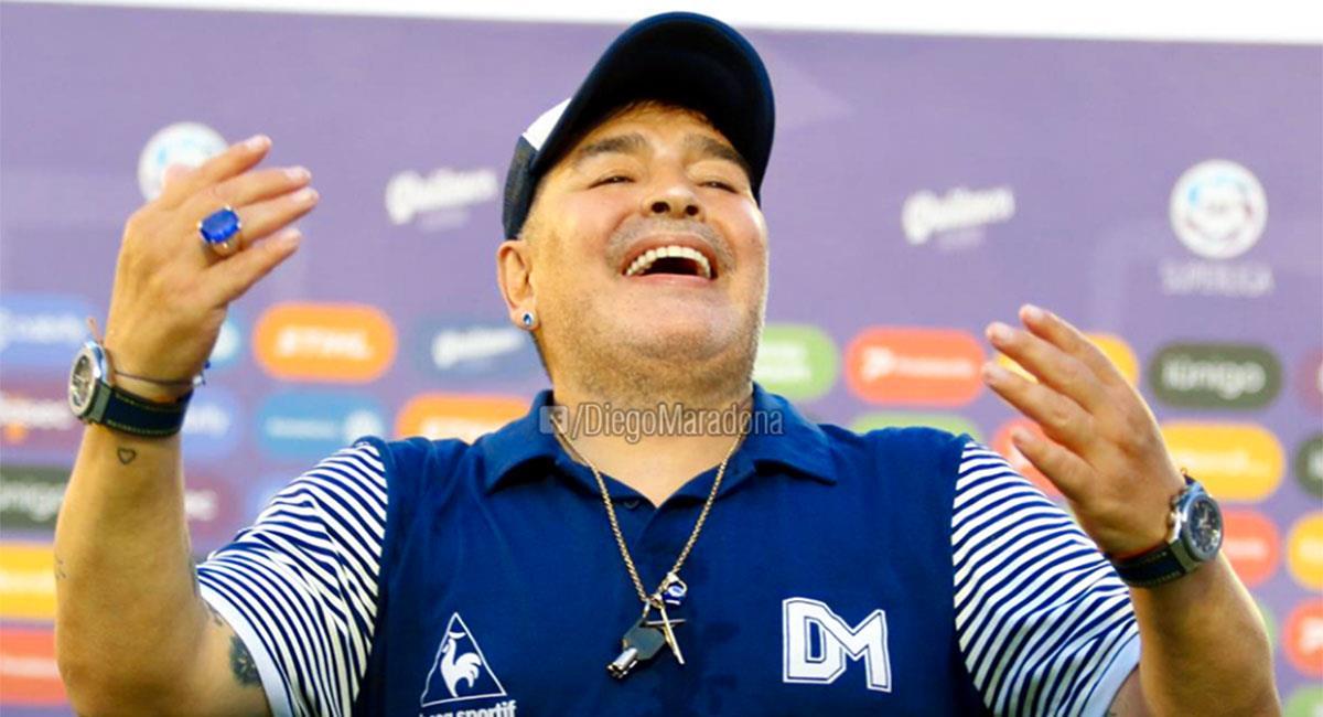 Diego Maradona espera volver a dirigir a Gimnasia y Esgrima de La Plata. Foto: Facebook @diegomaradona