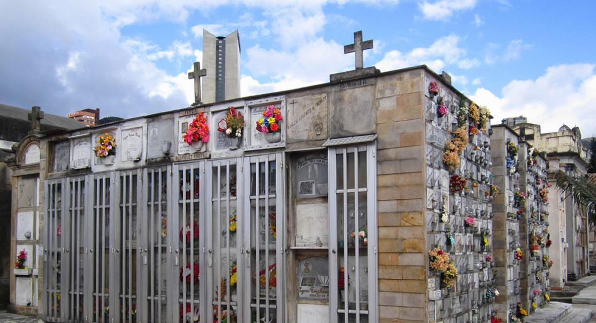 Según familiares de las personas fallecidas por COVID-19, los cementerios se