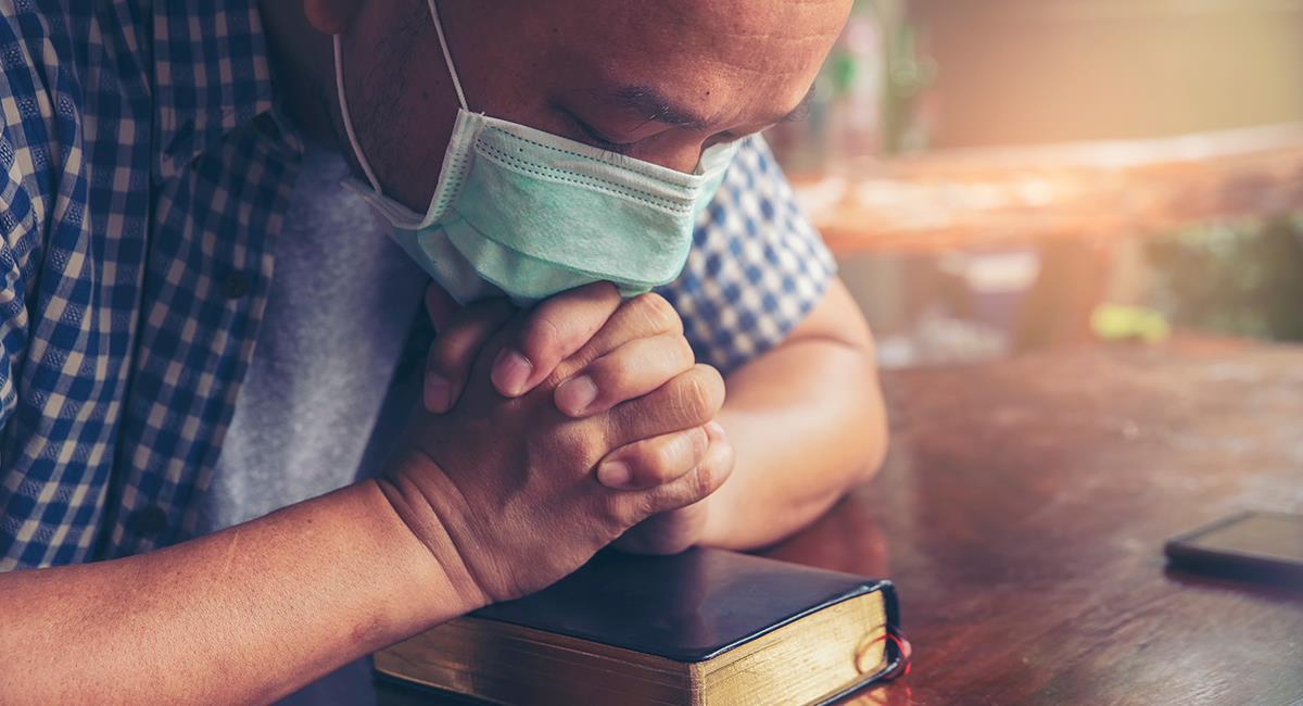 Jornada de oración en Colombia para medir misericordia por el coronavirus. Foto: Shutterstock