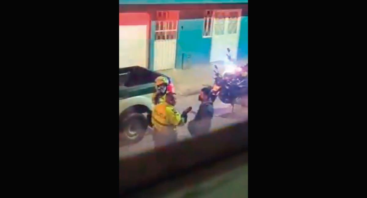 Un nuevo caso de abuso de autoridad. Foto: Twitter Captura de video @EricKrOcHs