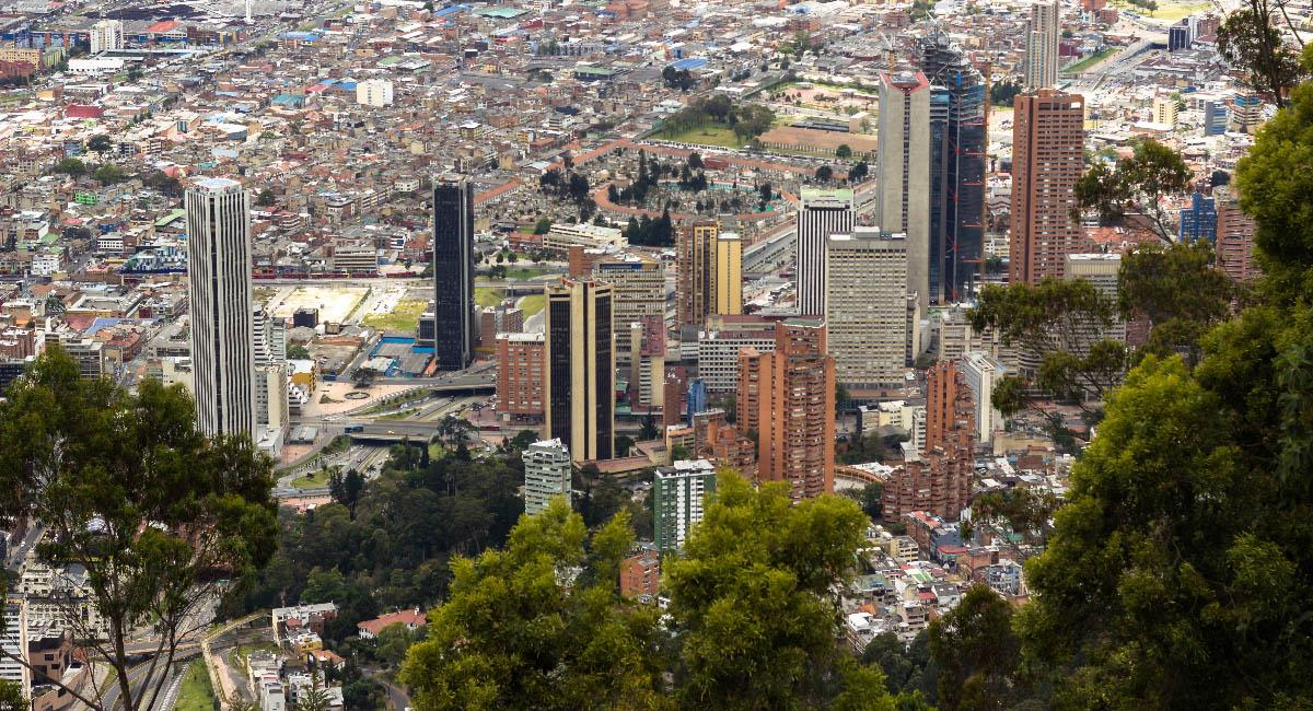 Foto panorámica de Bogotá desde el cerro de Monserrate. Foto: Piqsels