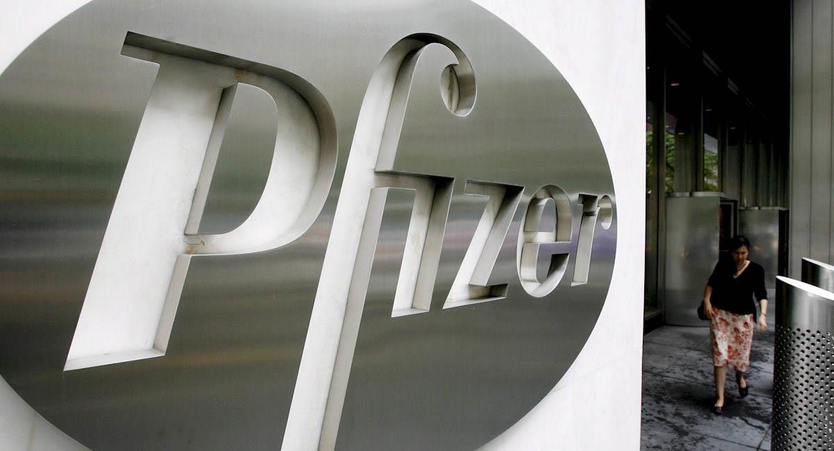 Pfizer, junto con BioNTech, es una de las empresas que lucha por una vacuna en el mundo. Foto: EFE