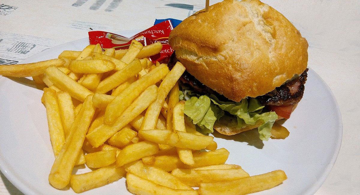La ingesta de carbohidratos puede aumentar durante el periodo. Foto: Pixabay