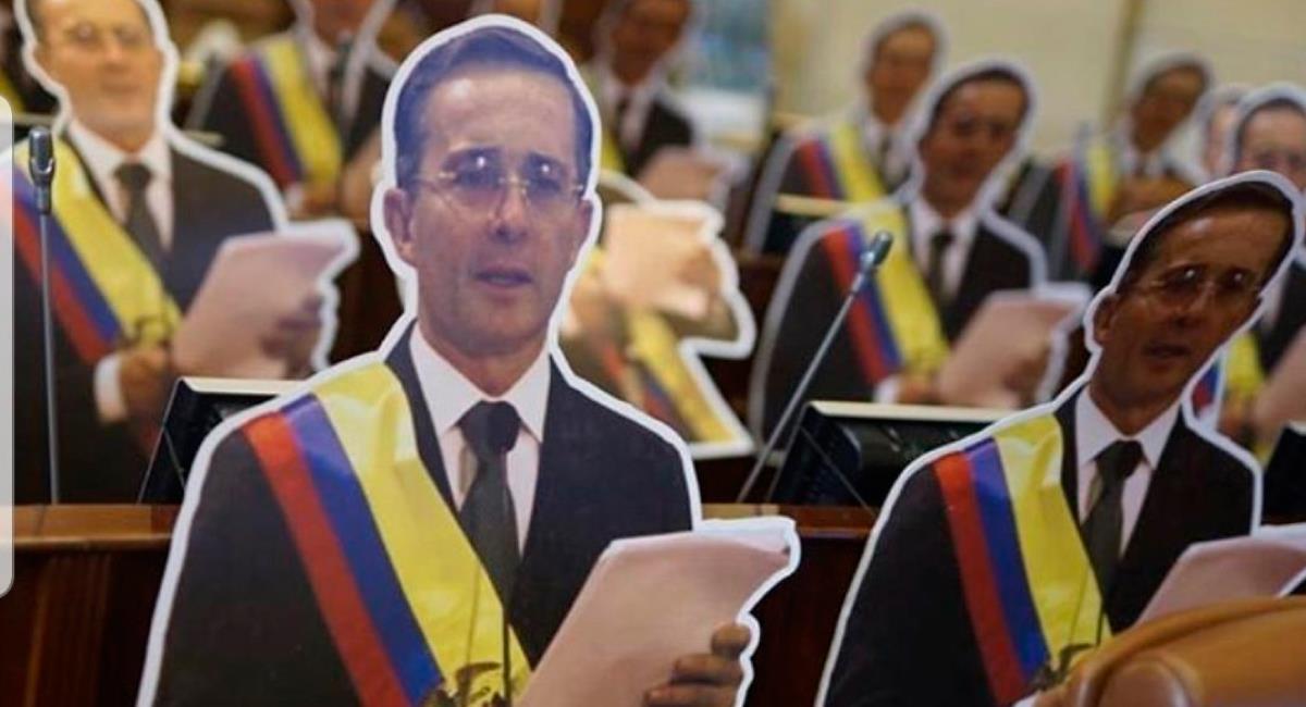 Uribe seguirá en detención domiciliaria. Foto: Twitter @jberriolopez