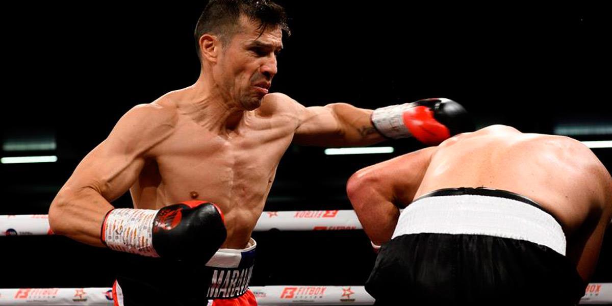 Maravilla Martínez en los rings de boxeo a sus 45 años. Foto: EFE