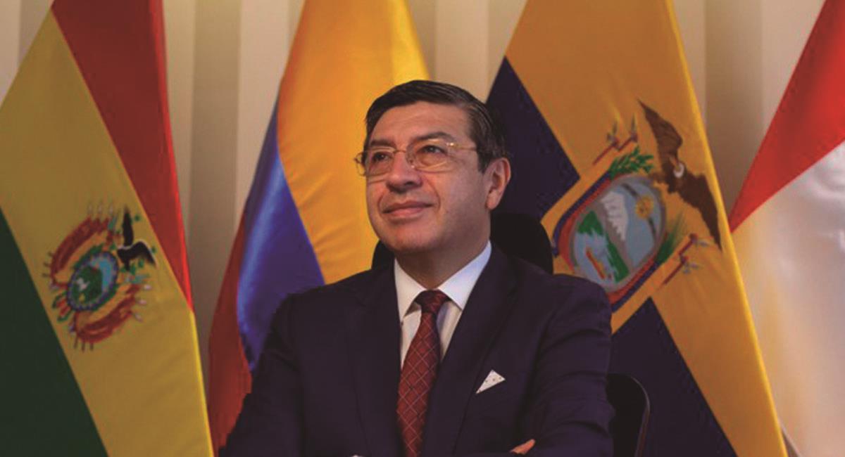 Secretario General de la Comunidad A. Foto: Twitter @JHPedraza