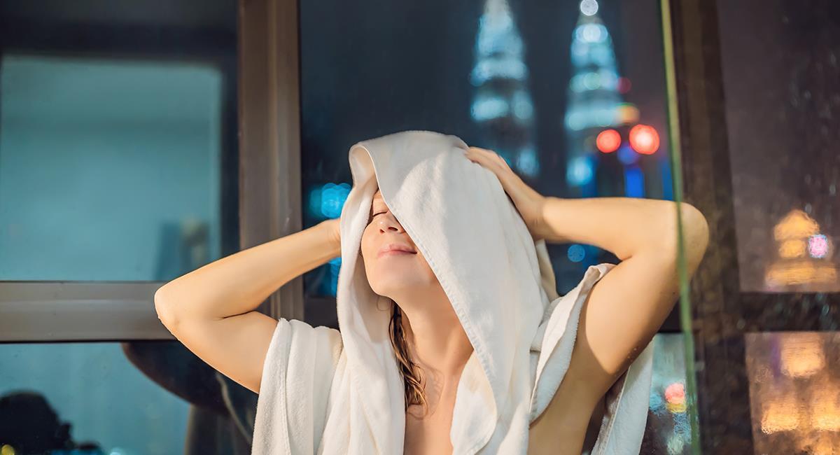 Te contamos las razones por las que siempre deberías bañarte en la noche. Foto: Shutterstock