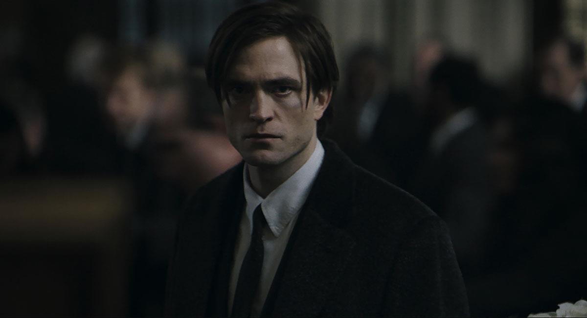 "Robert Pattinson encarna a Bruce Wayne en ""The Batman"". Foto: Twitter @wbpictures"