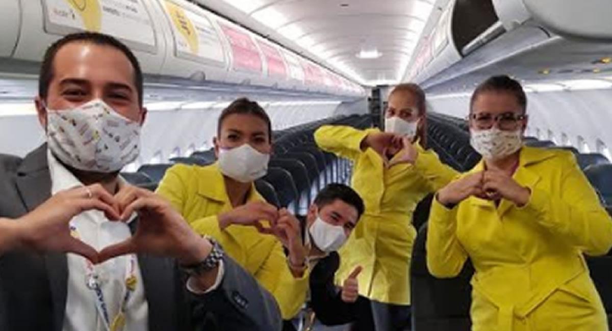 La aerolínea colombiana mantiene hasta ahora 18 rutas nacionales. Foto: Twitter @VivaAirCol