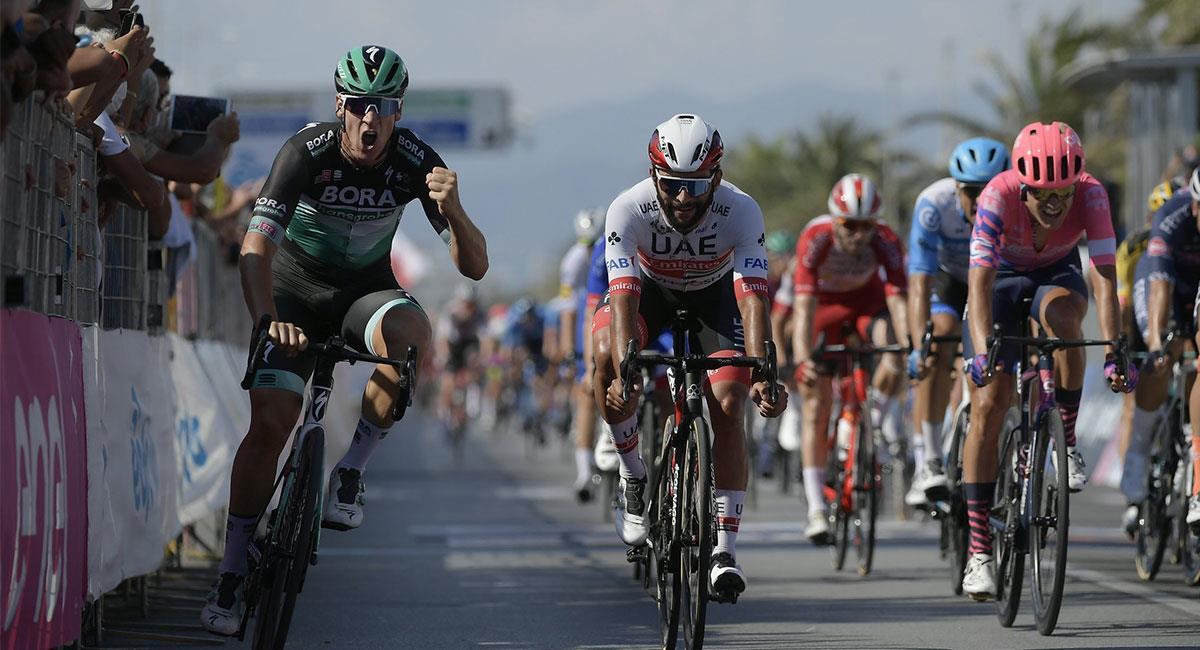 Fernando Gaviria estuvo a punto de ganar la primera etapa de la Tirreno Adriático. Foto: Twitter @TirrenAdriatico