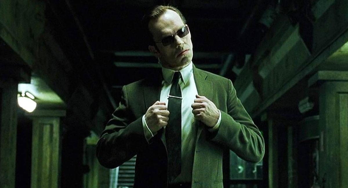 Hugo Weaving fue el encargado de darle vida al agente Smith en las primeras cintas de Matrix. Foto: Twitter @fotogramas_es