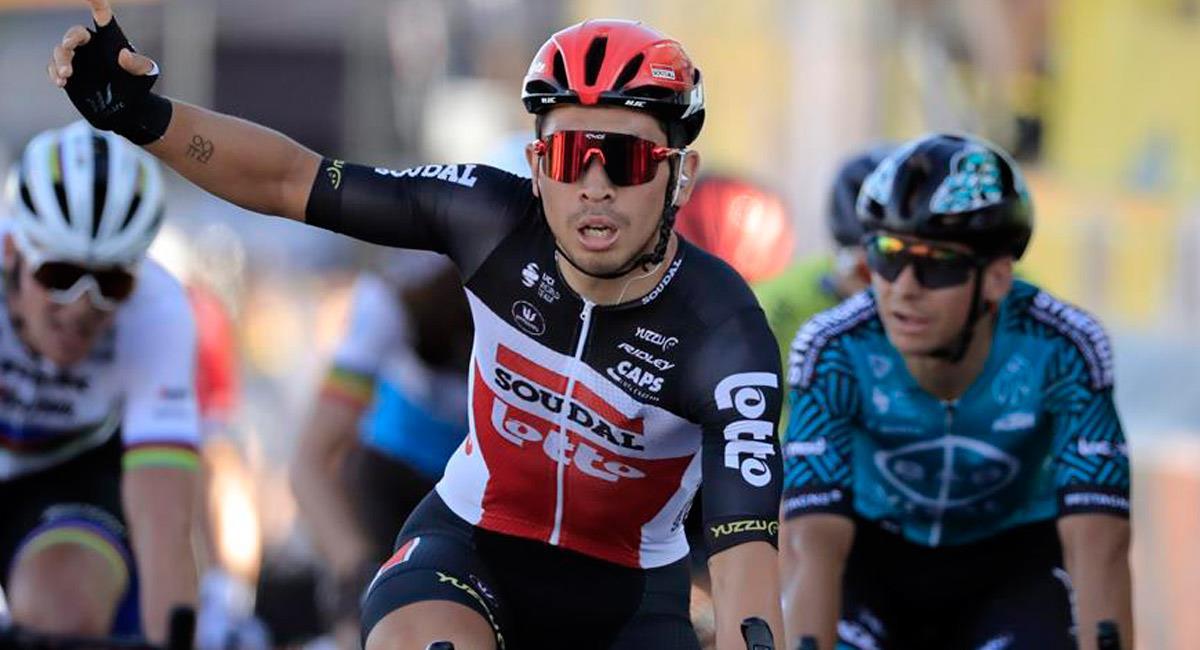 Caleb Ewan celebra su victoria en la etapa 11. Foto: EFE