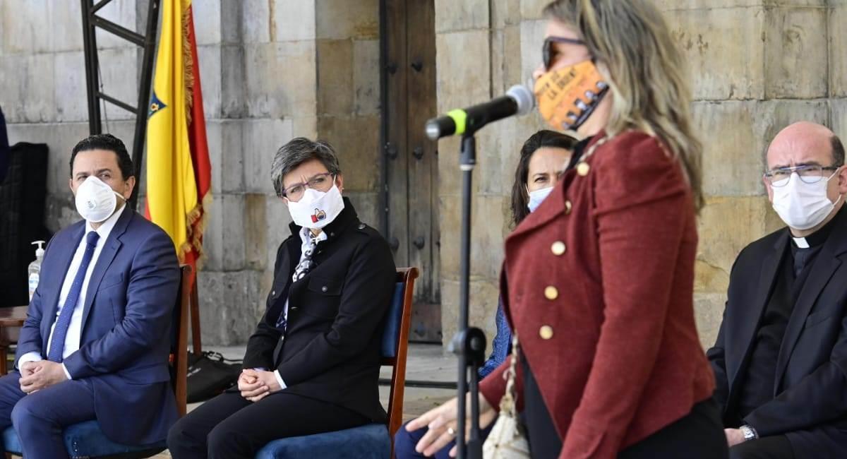 Acto de reconciliación en Bogotá tras los hechos ocurridos en la última semana. Foto: Twitter @Bogota