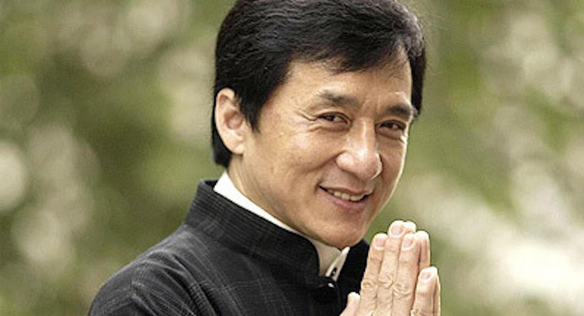 Jackie Chan se sigue rehusando a utilizar dobles de acción en sus películas. Foto: Facebook Jackie Chan