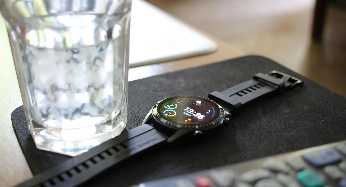 Los 'smartwatches' son ideales para quienes mantienen un estilo de vida activo. Foto: Pixabay