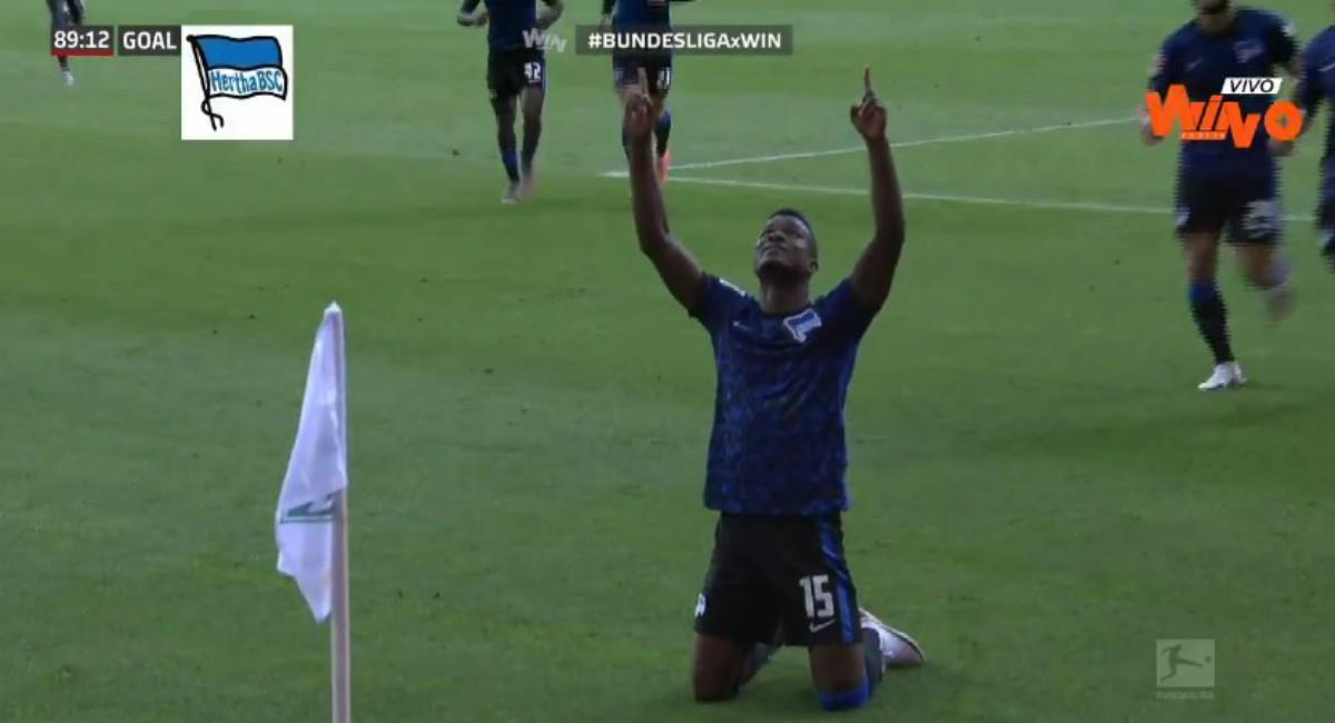 Gol de Córdoba en la Bundesliga. Foto: Twitter Captura pantalla Win Sports