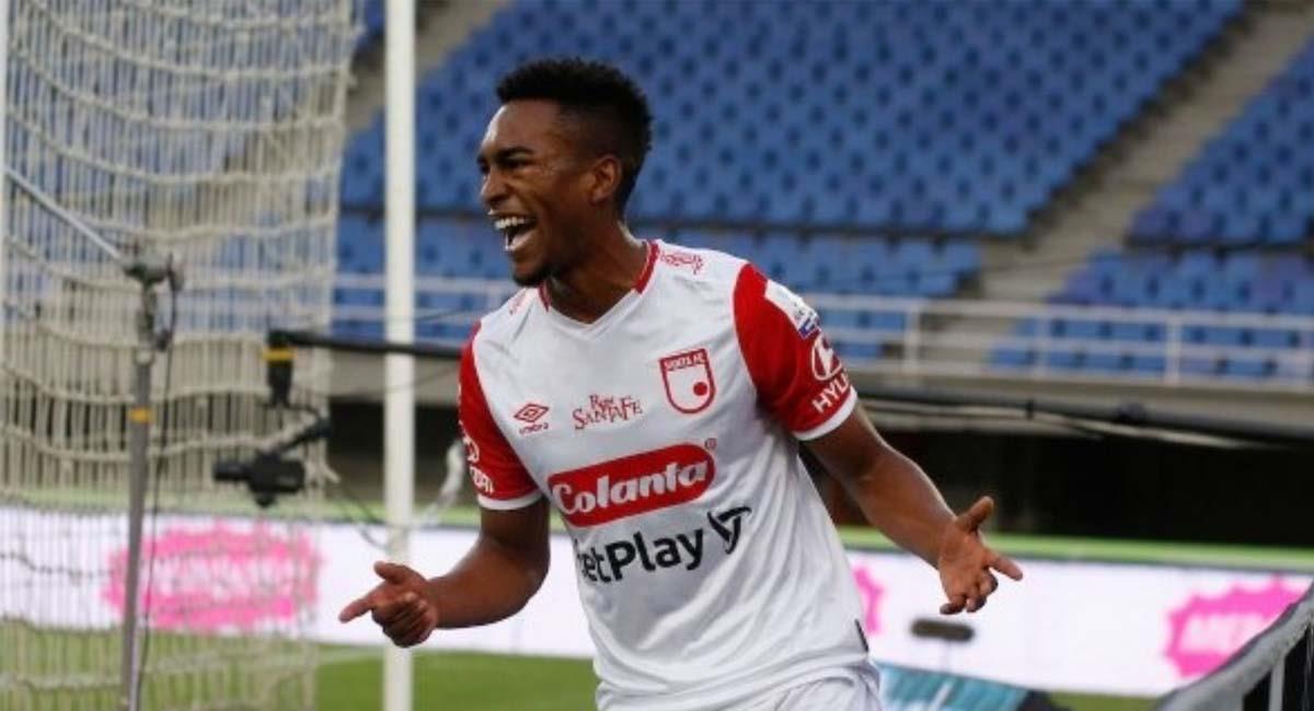 Jersson González, jugador de Santa Fe, celebra su gol ante Pereira. Foto: Twitter / @SantaFe