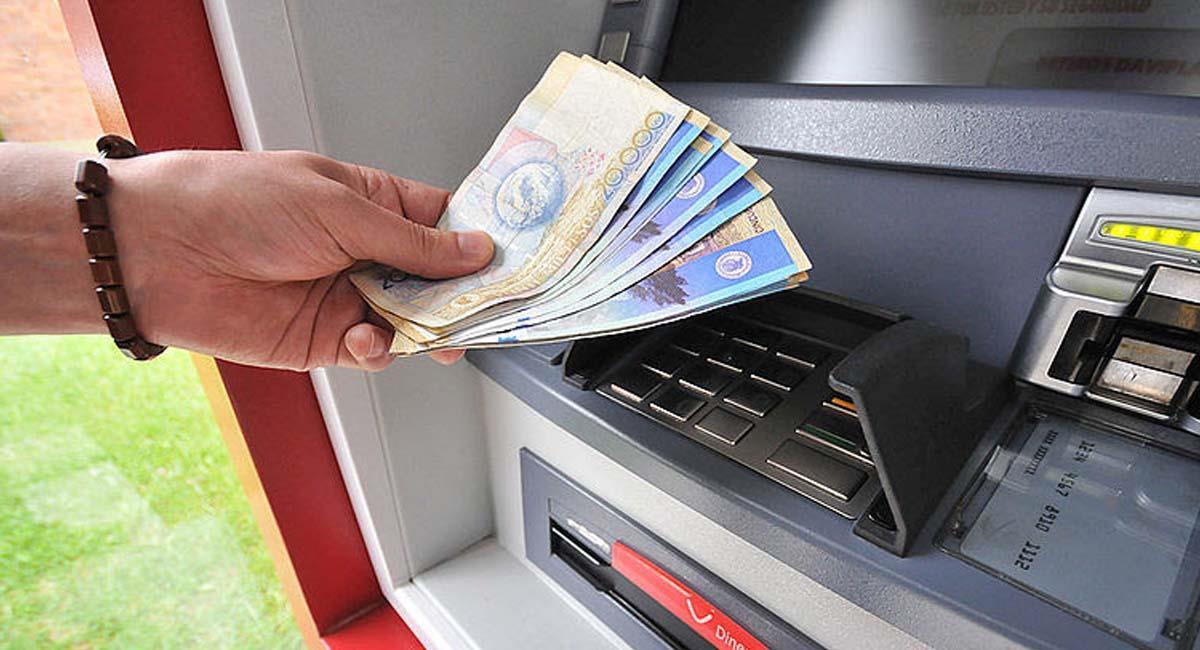 Los avances en cajeros electrónicos es una de la forma de endeudarse con los bancos. Foto: UNPeriódico Digital