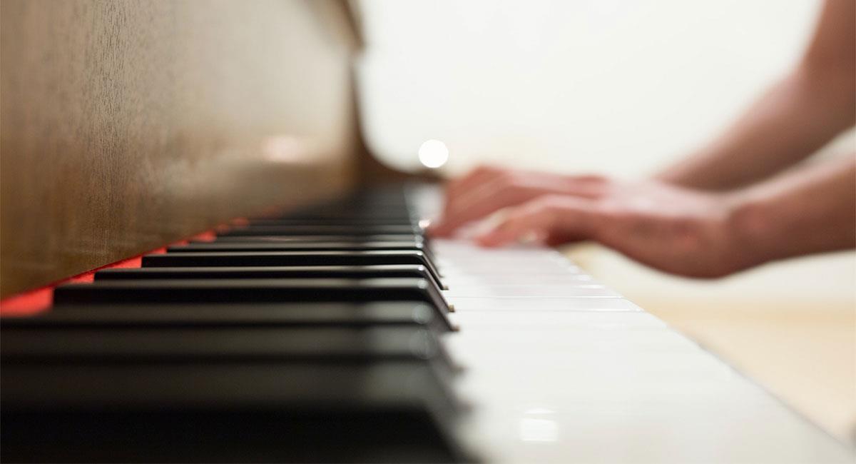 Los mejores consejos para tocar el piano como los grandes maestros. Foto: Pexels Negative Space