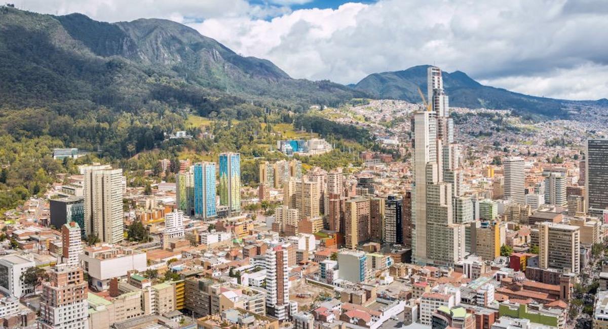 Bogotá abre 16 mil vacantes de empleo. Foto: Twitter @investinbogota