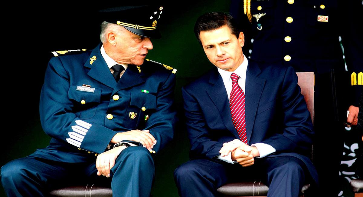 Salvador Cienfuegos fue jefe del ejército mexicano en el gobierno de Enrique Peña Nieto. Foto: Facebook Carmen Aristegui
