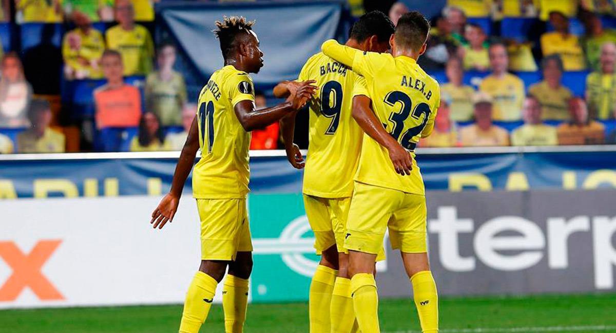 Carlos Bacca celebra su gol con Villarreal en Europa League. Foto: EFE
