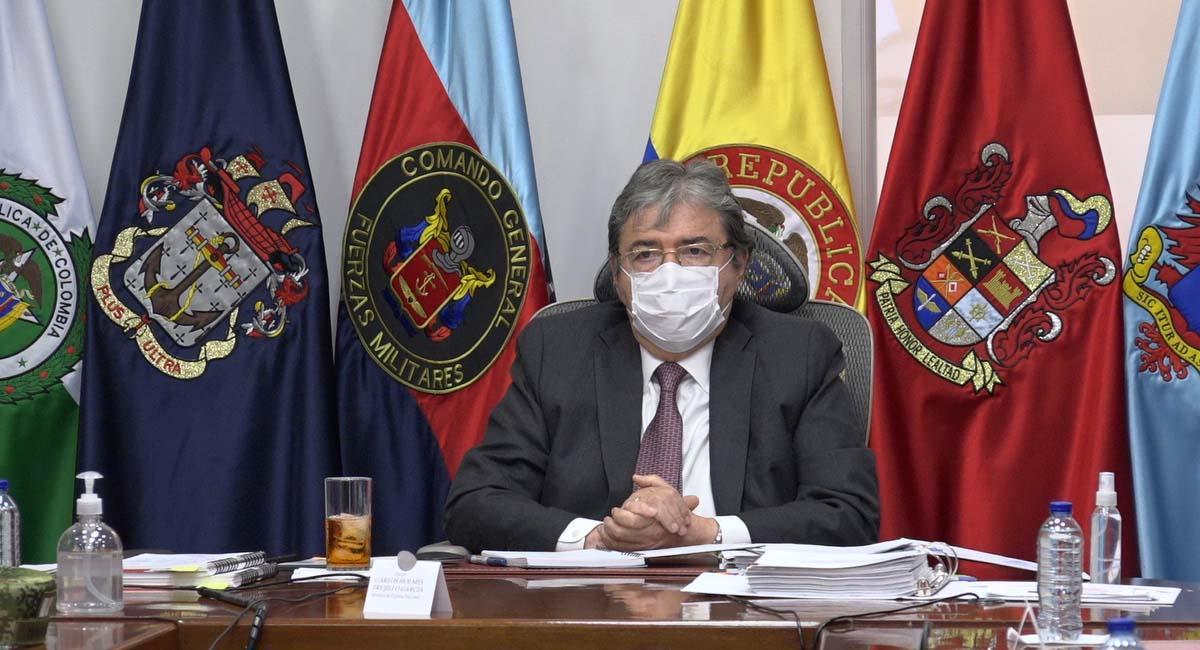 Carlos Holmes Trujillo, ministro de Defensa de Colombia. Foto: Twitter / @mindefensa