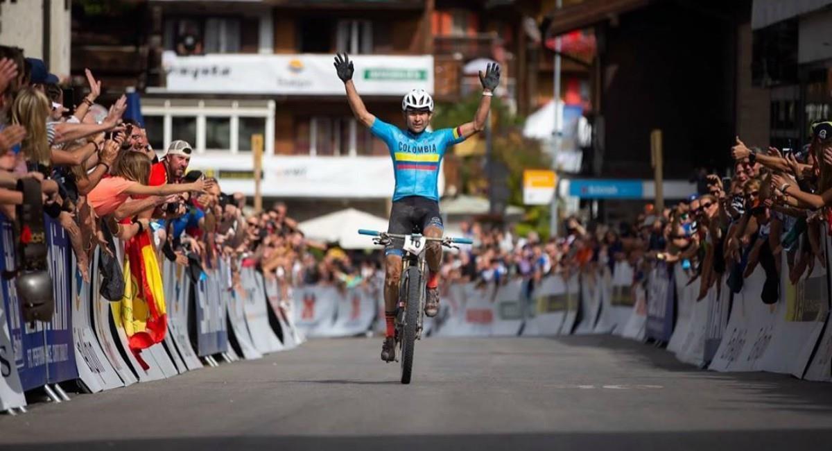 Colombiano  Héctor Leonardo Páez campeón del mundo. Foto: Instagram Prensa redes Leonardo Páez.