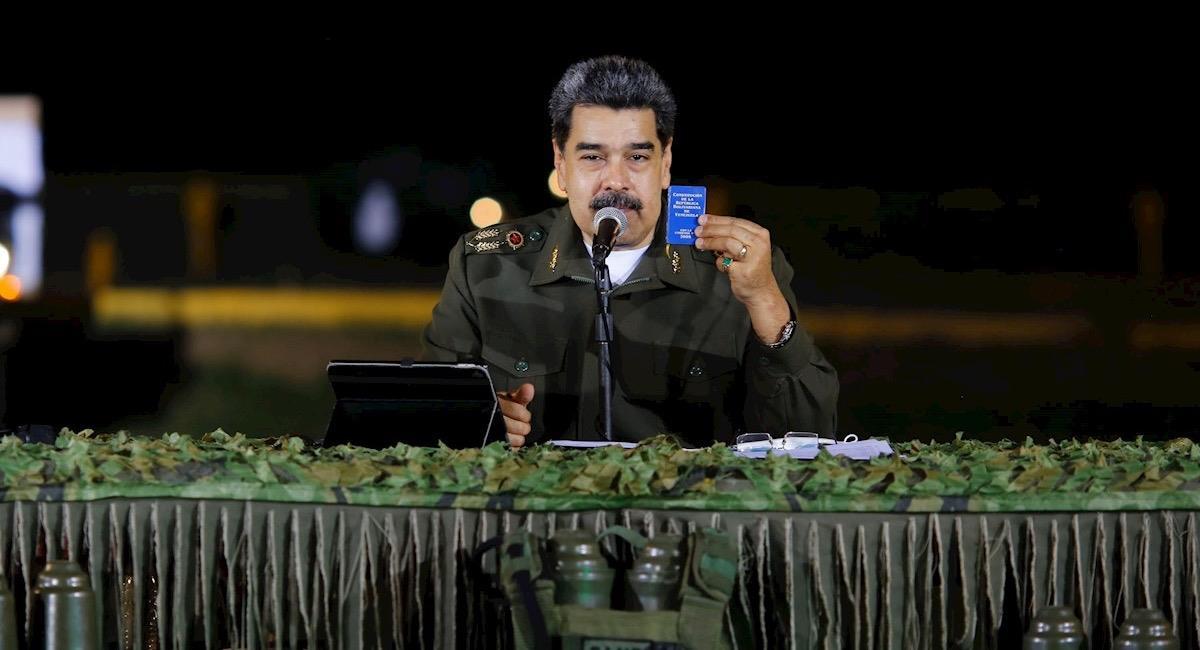 Maduro prepara una defensiva ante posibles ataques de Colombia. Foto: EFE