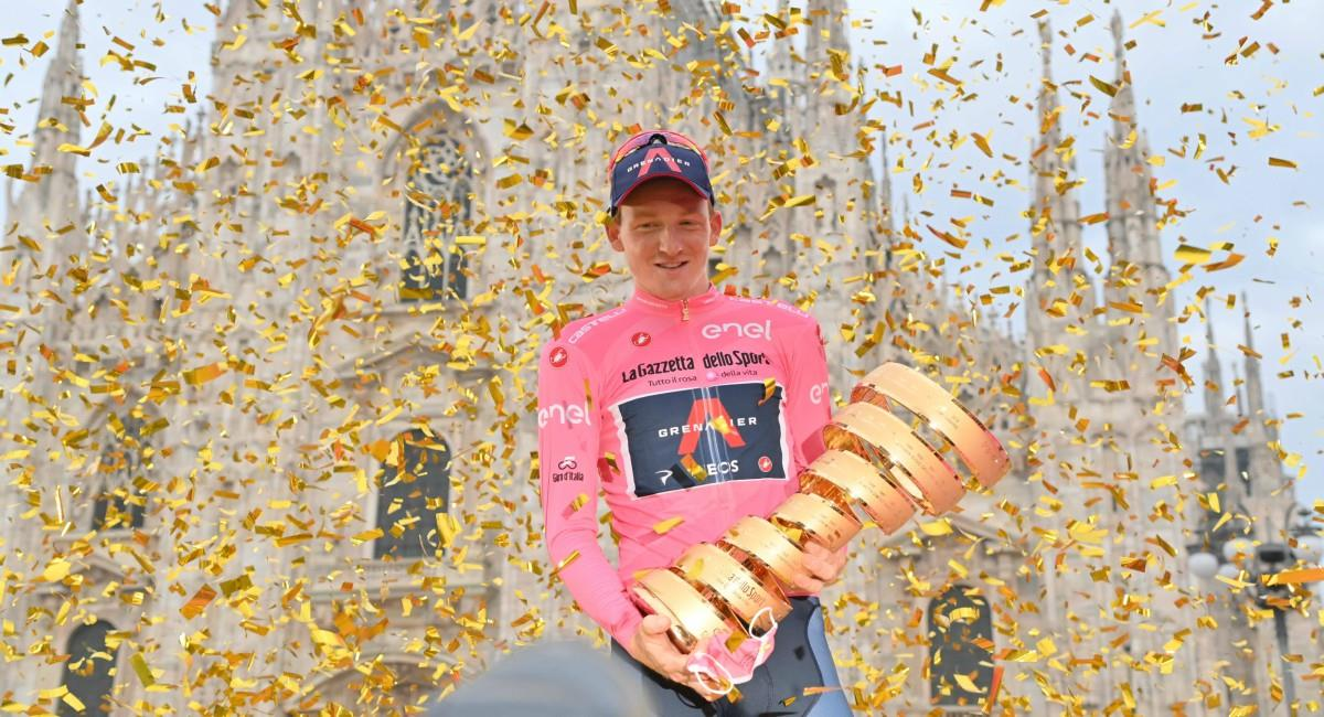 Tao Geoghegan Hart campeón del Giro de Italia. Foto: Twitter Prensa redes Giro de Italia.