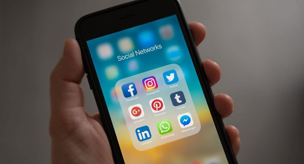 La desinformación circula con mayor rapidez cuando en redes sociales, se comparte contenido sin verificar. Foto: Pexels