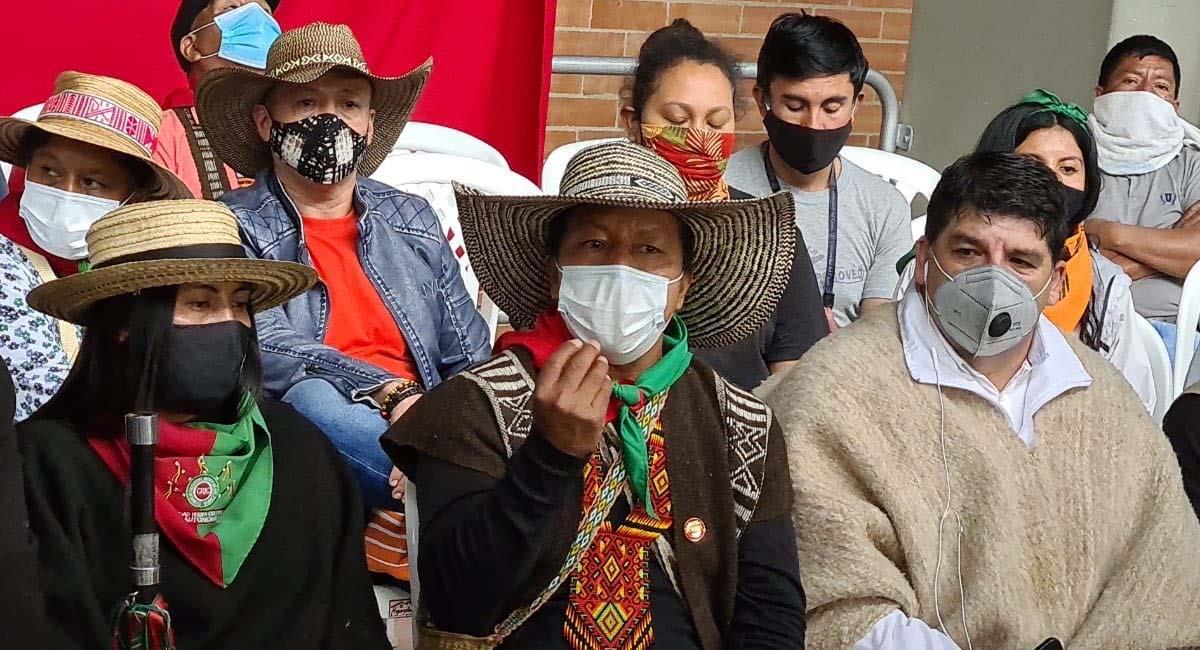 Feliciano Valencia es uno de los líderes indígenas más importantes de Colombia. Foto: Twitter / @FelicianoValen